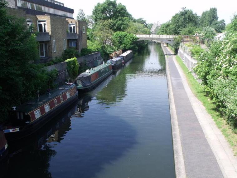 regents-canal-canal-near-london-zoo_5197092_l
